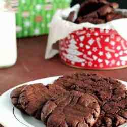 {Gluten-Free, Dairy-Free} Chocolate Peanut Butter Cookies