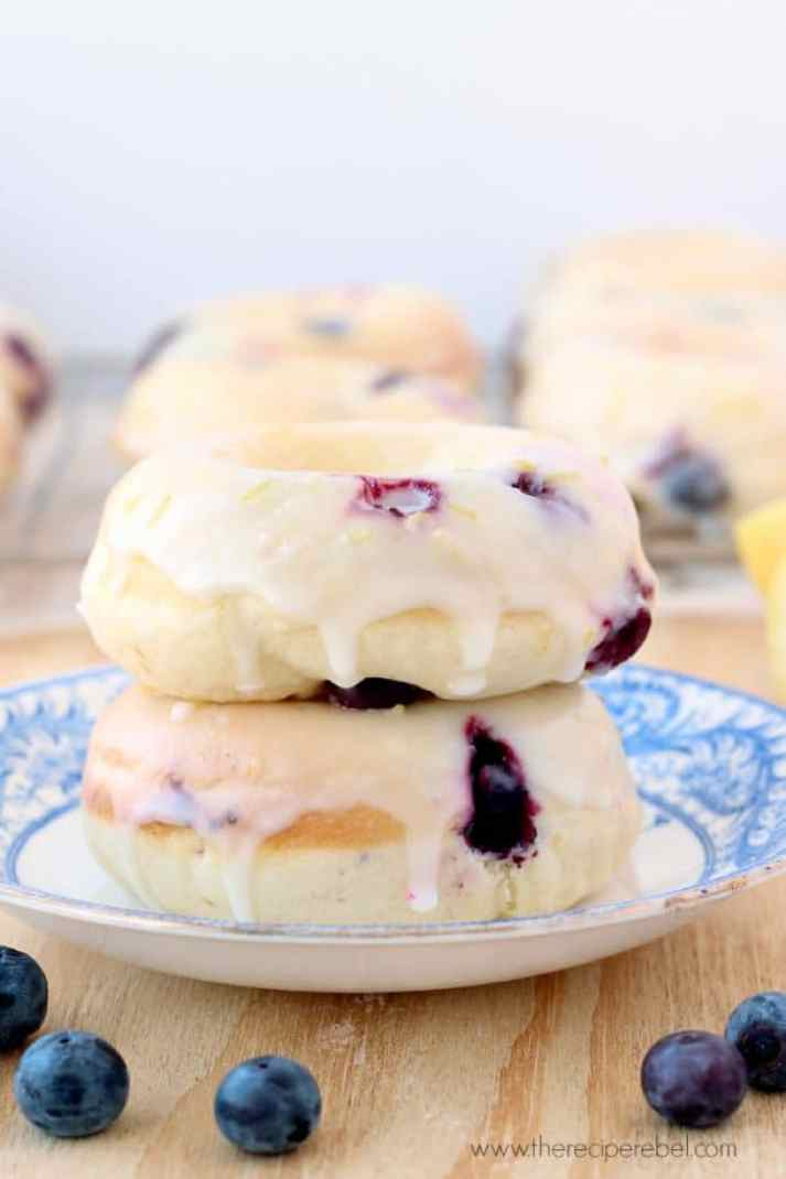 Baked Lemon Blueberry Doughnuts: So fresh and perfect for Spring! They're easier than you think, and super moist! www.thereciperebel.com