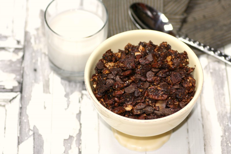 chocolate granola