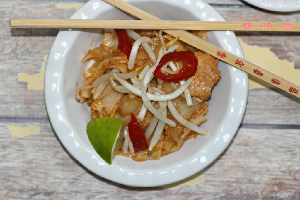 Thai Chicken And Noodles (close)