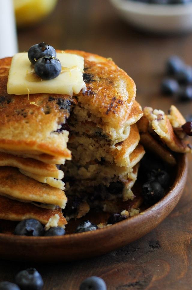 Paleo Hummus Pancake with Mediterranean Spice Mix