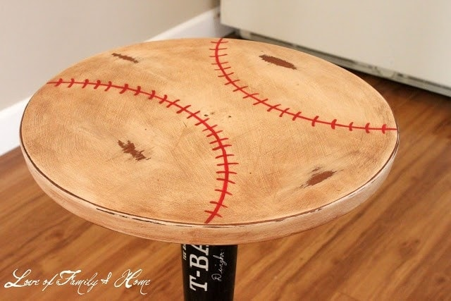 baseball bat table