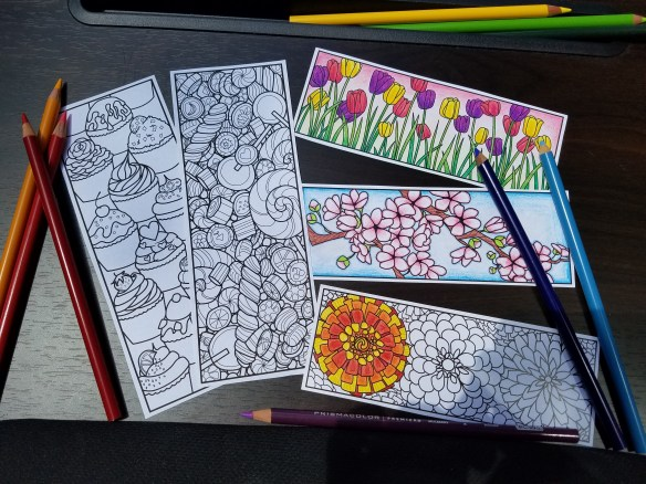 5 Coloring bookmarks and pencils