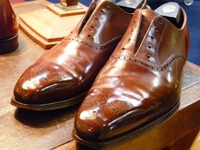 Shining Brown Dress Shoes