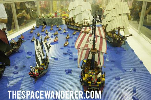 003-lego-boat