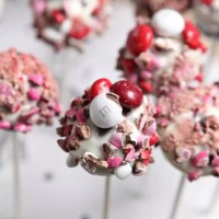M&M's® Red Velvet Brownie Pops