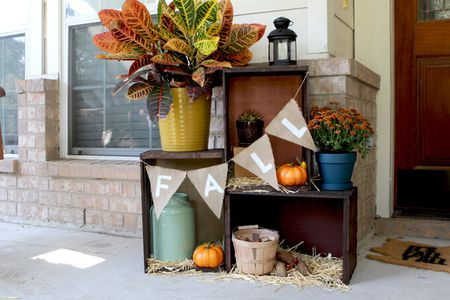 15 Cheap  and Cute   Fall Front Porch Decorating Ideas 15 Affordable Front Porch Decor Ideas