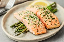 Attractive Salmon On Grill What Goes Good Garlic 3056832 12 Preview 5b18288eba6177003d20d706 What Goes Good Baked Salmon Salmon Fillets