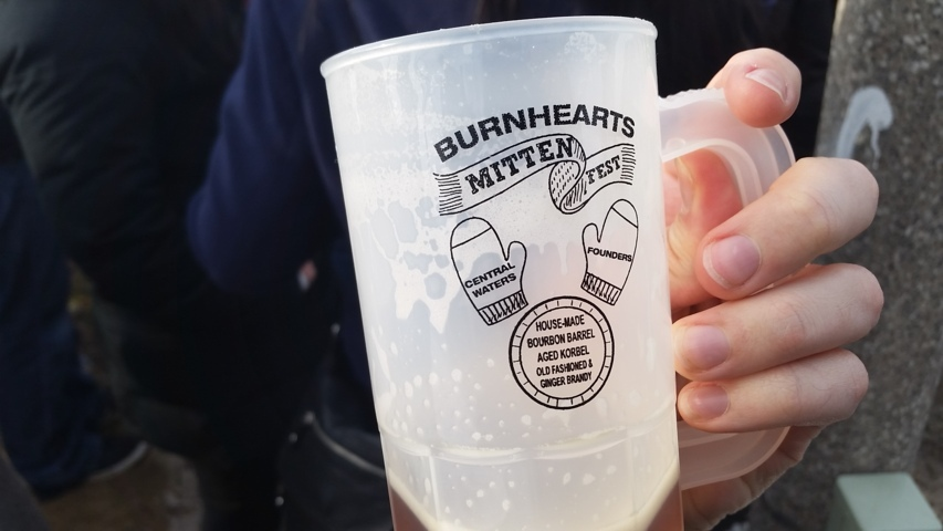 Burnheart's Mitten Fest 2015 in Bay View, Milwaukee, WI. Photo by Joe Powell.