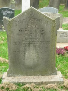 Vivian remembered on his parents headstone at St Peters Churchyard (2014)