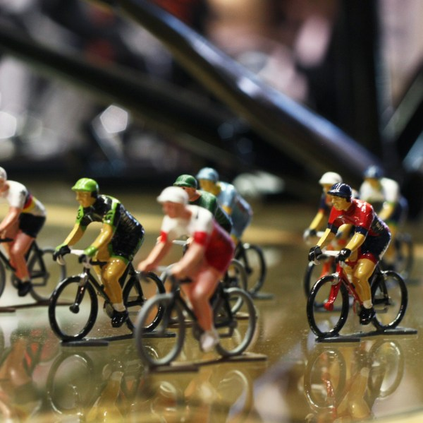 Cycling figures