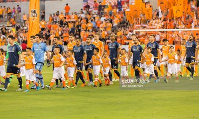 July 25, 2015: LA Galaxy team enters the pitch during the MLS match between the LA Galaxy and Houston Dynamo at BBVA Compass Stadium in Houston, TX. (Photo by Leslie Plaza Johnson/Icon Sportswire/Corbis via Getty Images)