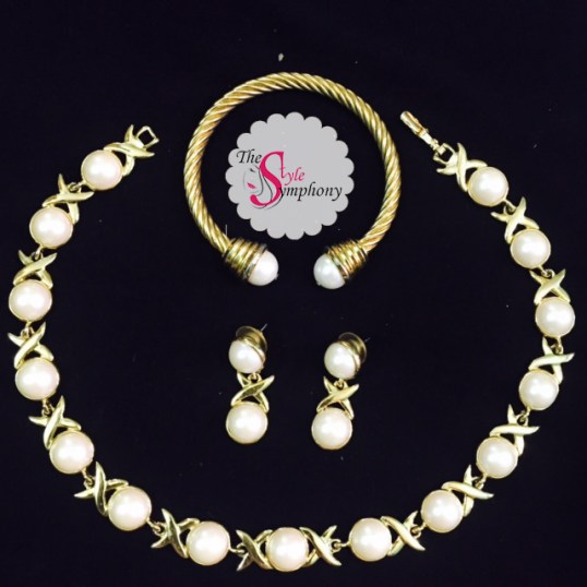 Best international designs are conceptualized with Japanese pearls!