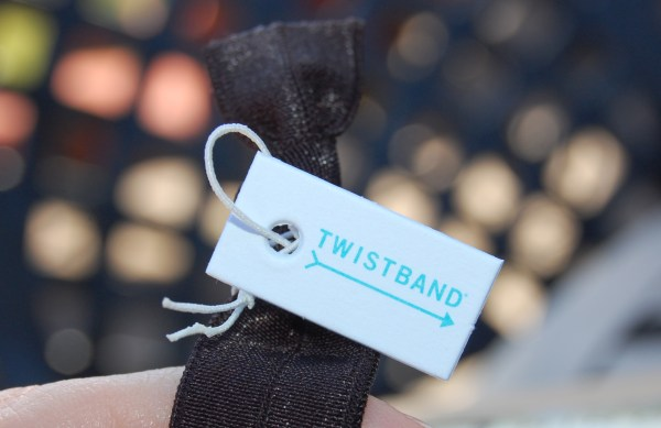 twistband headband