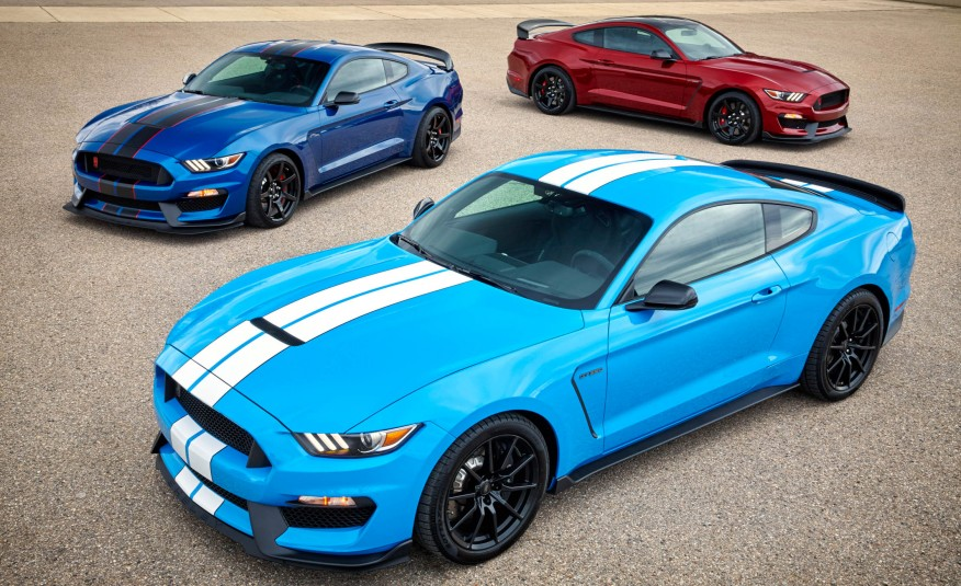 2017 Mustang Shelby GT350 Adds New Colors, Features - The Supercar ...