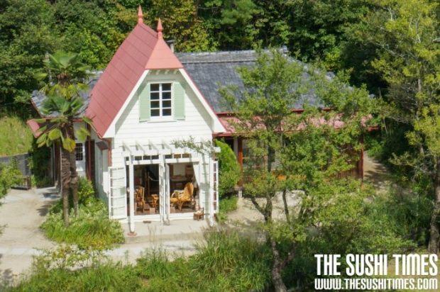 """De replica van Satsuki en Mei's huis uit """"My Neighbor Tototro"""" Image van Kurimu"""