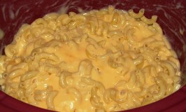 Lighter Slow Cooker Mac & Cheese