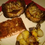 Smoked salmon with foil-grilled potatoes and marinated, grilled artichokes