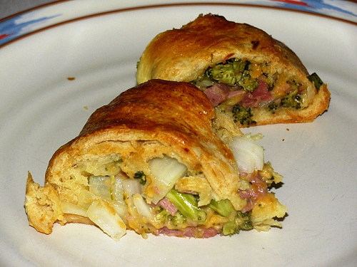Pampered Chefs Ham Broccoli Cheese Ring