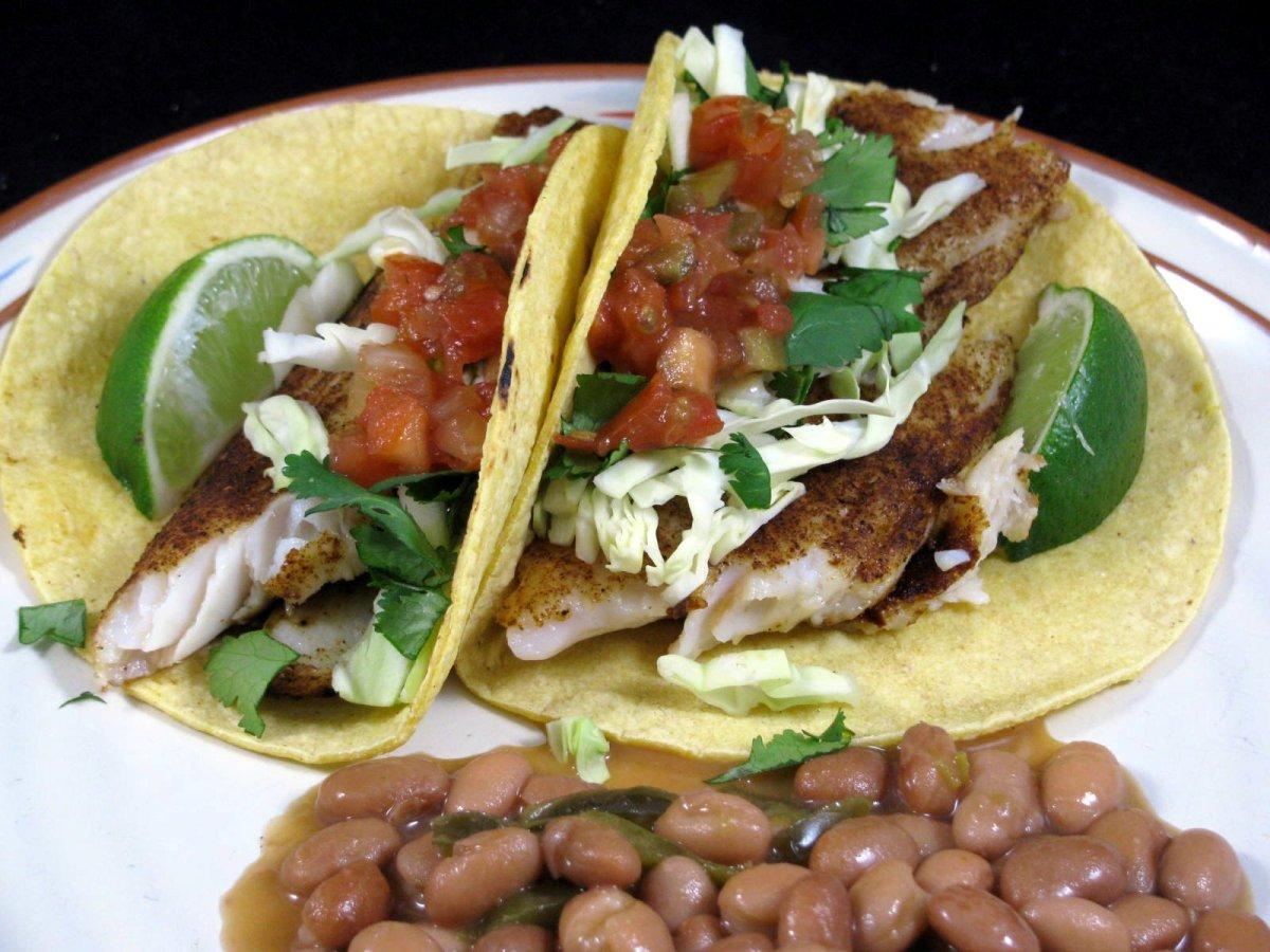 Grilled tilapia fish tacos for Flounder fish tacos