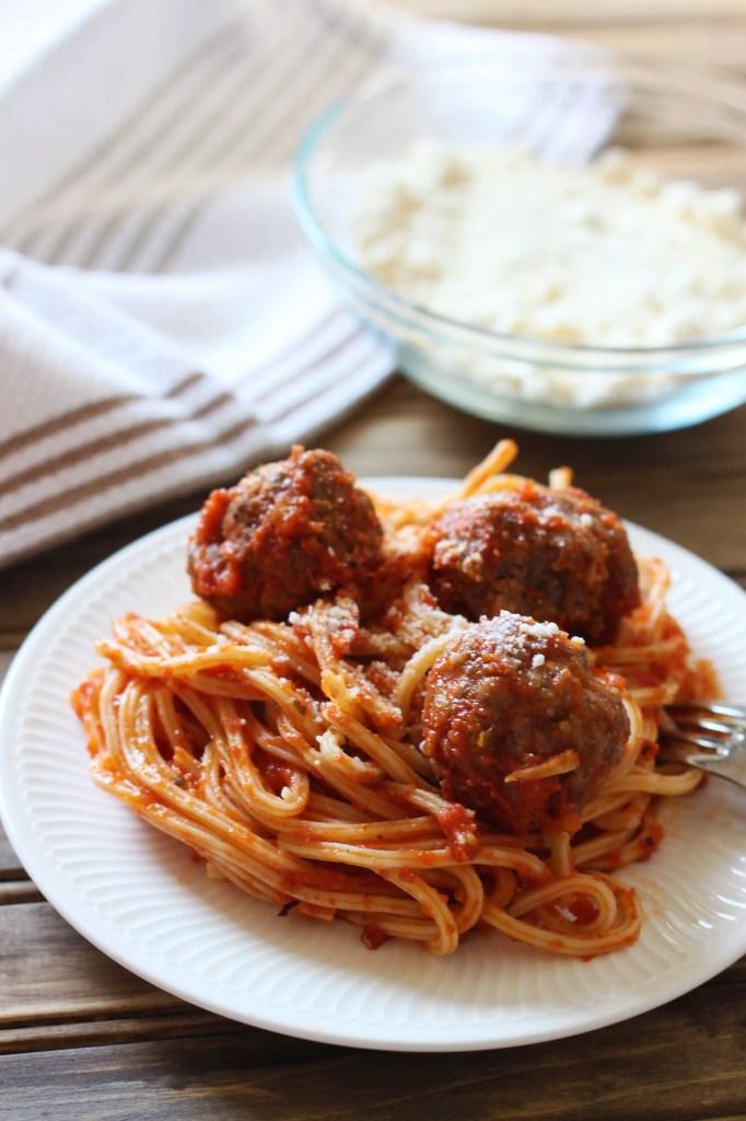 classic-spaghetti-and-meatballs-2