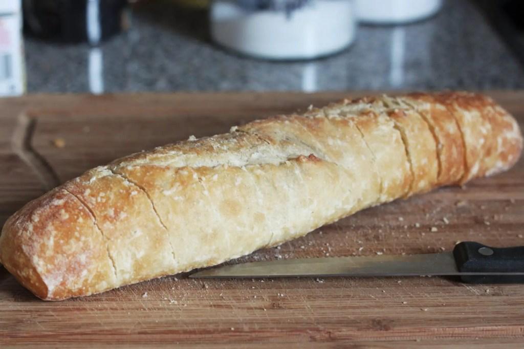 easy-pull-apart-garlic-bread-1