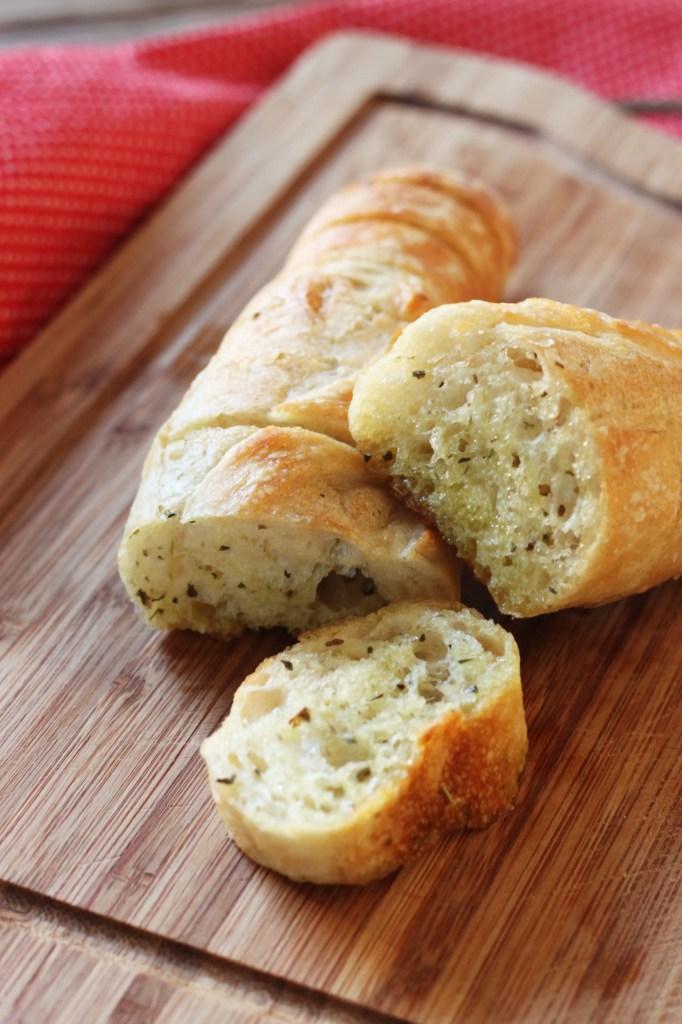easy-pull-apart-garlic-bread-6