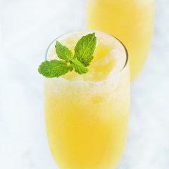 frozen-peach-bellini-2