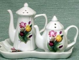 fielder-keepsakes-tulip-salt-n-pepper-shakers-with-tray-7.jpg
