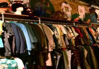 vintage_indie_used_clothing_scavenger_hunt_shopping_12808_1