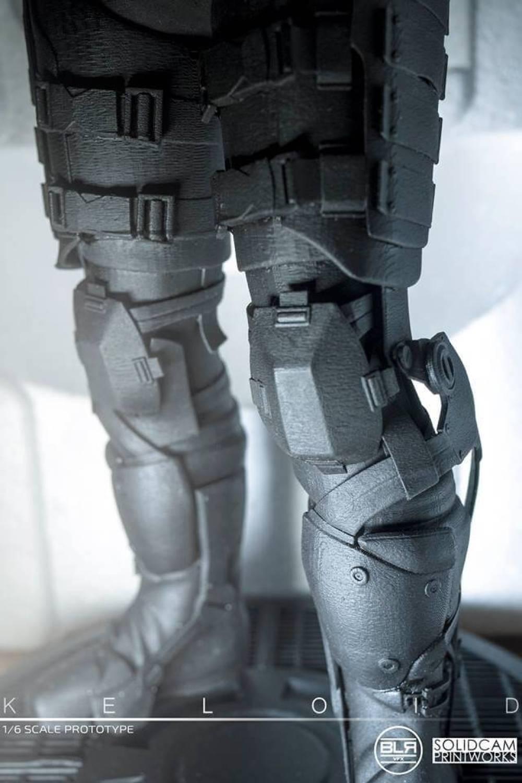 SolidCam Estudio VFX big lazy robot Keloid legs