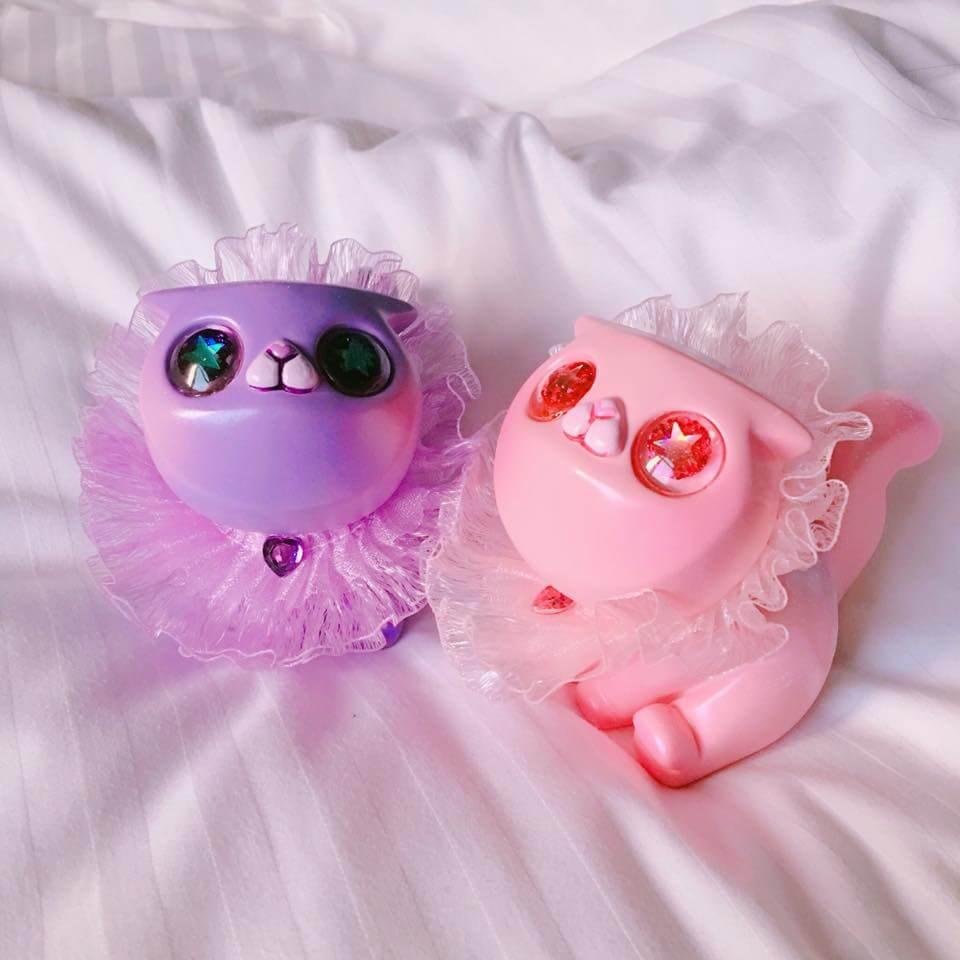 boom-boom-poom-kimimis-look-cat-me-worldwide-release-pink-purple-resin