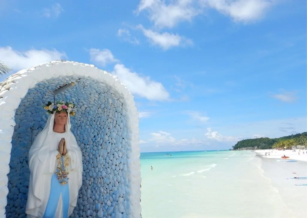 Boracay Island in Low Season Bliss  Beauty    Elbow Room The Travel     Station 1 White Beach Boracay Islands in the Philippines