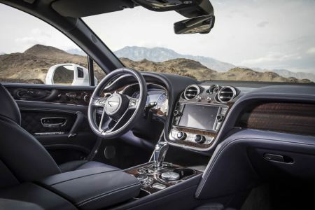 Bentley Bentayga named SUV of the year by Robb Report UK