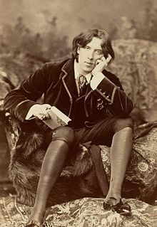 Photo of Wilde by Napoleon Sarony (1882)