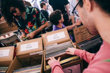 Brooklyn Flea Record Fair