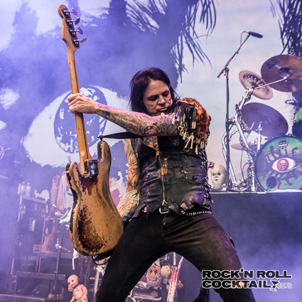 Alice Cooper Performing Live at Shoreline Amphitheatre in Mountain View (3 of 13)