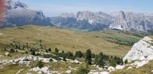 The day 2 trek ended with an easy, flat plateau leading up to the Pralongia rifugio