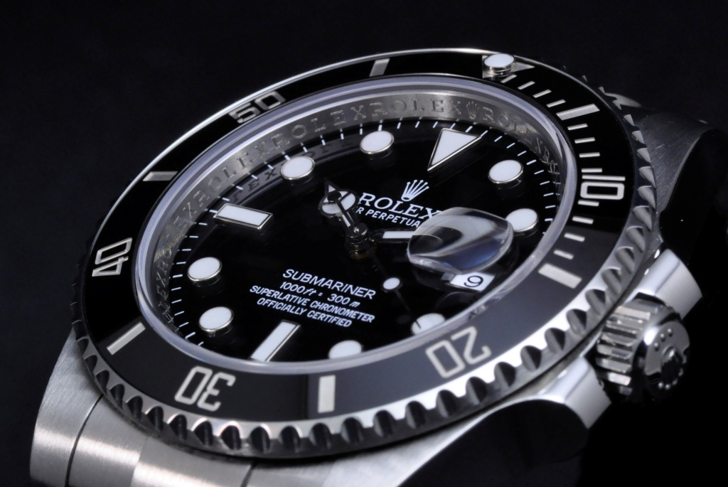 rolex submariner date review ref 116610. Black Bedroom Furniture Sets. Home Design Ideas