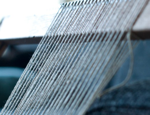 Video! How to Warp a Lap Loom