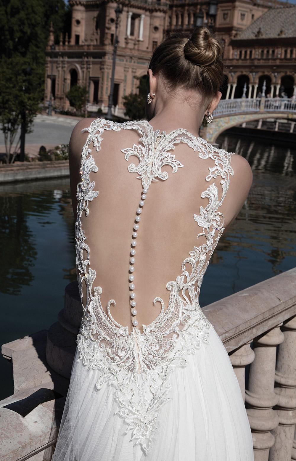 MARILYN - Alon Livne 2017 Bridal Collection. www.theweddingnotebook.com
