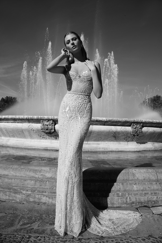 ALEXANDRA - Alon Livne 2017 Bridal Collection. www.theweddingnotebook.com