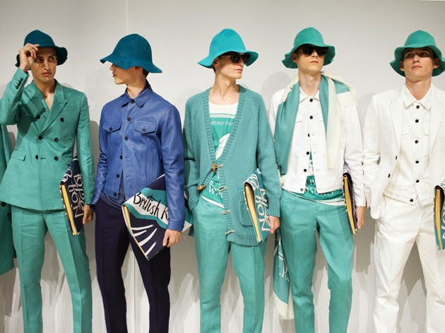 Backstage-at-the-Burberry-Prorsum-Menswear-Spring-Summer-2015-models-line-2
