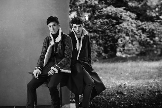 zara-man-autumn-winter-2014-campaign-fur-coats-duo-09