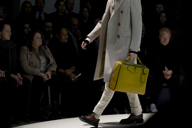 canali-autumn-winter-2015-yellow-oversized-bag-details-07-small