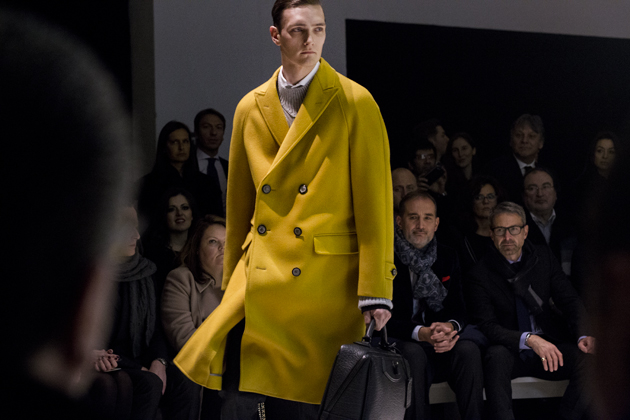 canali-autumn-winter-2015-yellow-oversized-coat-details-03