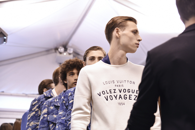 louis-vuitton-spring-summer-2016-mens-pfw-backstage-02
