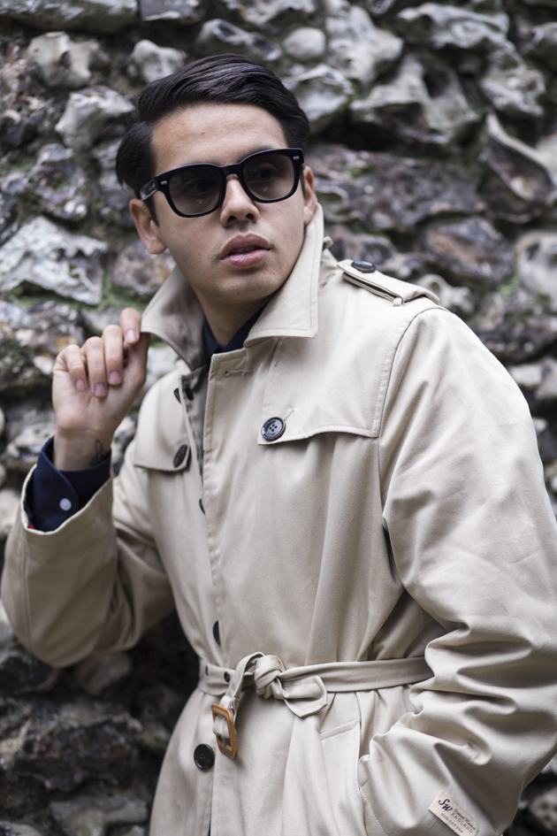 samuel-windsor-aw15-gabardine-trench-ronan-summers-look01-08