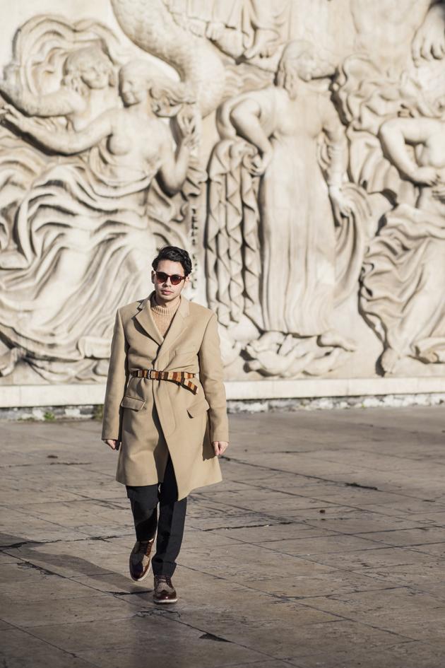 paris-fashion-week-day-2-outfit-burberry-prorsum-camel-coat-palais-tokyo-04
