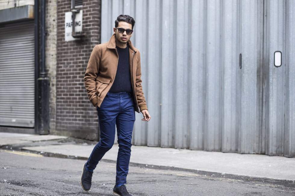 Menswear blogger Ronan Summers in Dublin, wearing River Island aviator jacket, Reiss fishnet sweater and Jack Wills navy chinos. He also styles a pair of Gucci Havana sunglasses